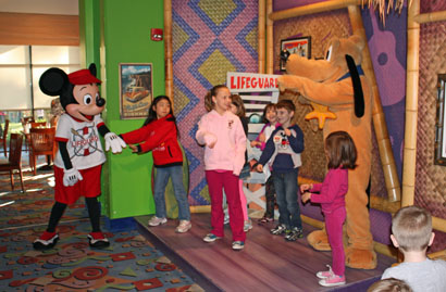 Mickeyandfriends2011