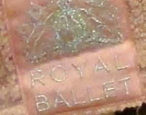 Royalballetsweaterm2
